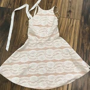 Lace white dress by Angl